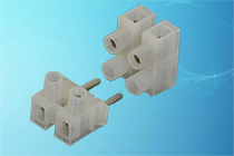 Series 322SVW/323FBW 10A 90º Plugs and Sockets